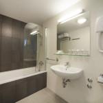 Neptun_Suite_Bathroom