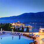 02HotelMarkoPolo_OutdoorPoolNight